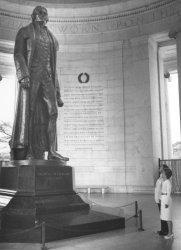 President and Nancy Reagan View Statue of Thomas Jefferson