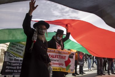 Protesters gather against Abraham Accords Signing Ceremony at White House