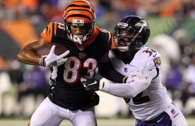 Bengals Joe Mixon tackled by Ravens Marlon Humphrey