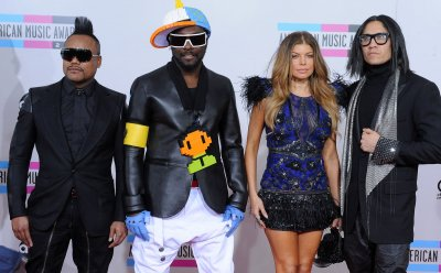 The Black Eyed Peas arrive at the 2010 American Music Awards in Los Angeles