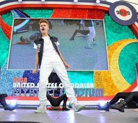 Justin Bieber performs in Tokyo