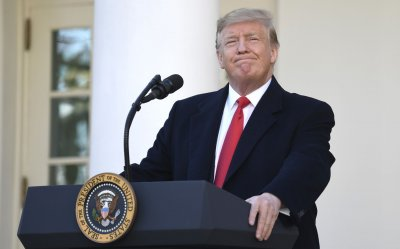 President Trump announces government to re-open
