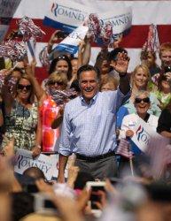 Mitt Romney campaigns in Fairfax, VA
