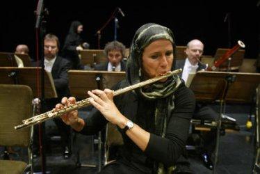 GERMAN ORCHESTRA PERFORMS IN TEHRAN