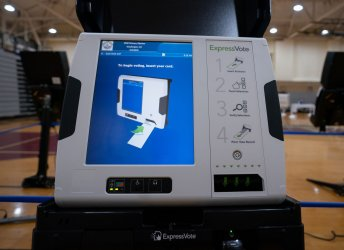 Voters Cast their Ballots in the DC Primary during the COVID-19 Pandmeic