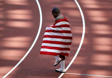 USA's Saunders Wins Silver in Shot Put at Tokyo Olympics
