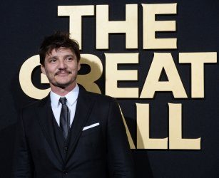 """Pedro Pascal attends """"The Great Wall"""" premiere in Los Angeles"""