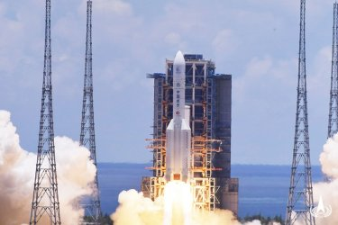 Tianwen-1: China Successfully Launches Mars Probe in First Mission to Martian Surface