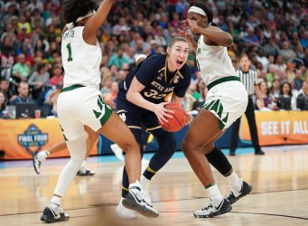 Notre Dame's Jessica Shepard drives in the NCAA Women's Basketball Championship