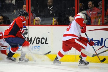 Washington Capitals vs Detroit Red Wings in Washington