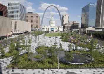 Kiener Plaza reopens in downtown St. Louis