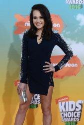 Kelli Berglund attends the Kid's Choice Awards in Inglewood, California