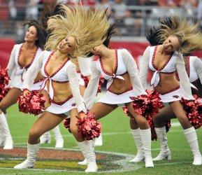 Cardinals cheerleaders dance in Arizona