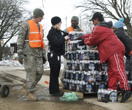 Flint residents ordered to boil water after water main break