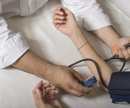 Big swings in blood pressure may indicate heart problems