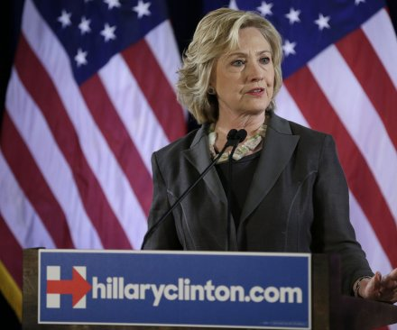 Clinton outlines tougher gun control proposal, calls for 'universal' background checks