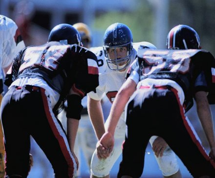 Study: High school football players suffer more symptoms after concussion than college players