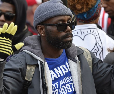 Autopsy backs Ferguson cop as critics rip leak