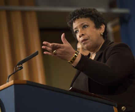 Loretta Lynch says she will accept findings of FBI's Clinton email investigation