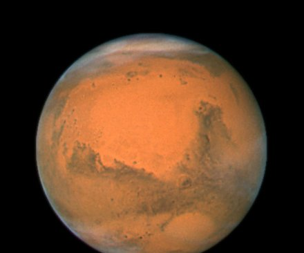 NASA outlines obstacles to putting a human on Mars