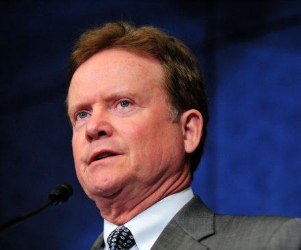 Jim Webb joining pack seeking Democratic presidential nomination