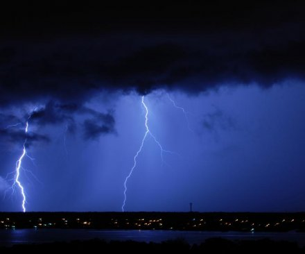 Several people struck by lightning outside football game in Florida