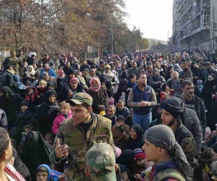 Thousands trapped in Aleppo