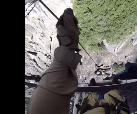 Helicopter cam records California cliff hoist rescue