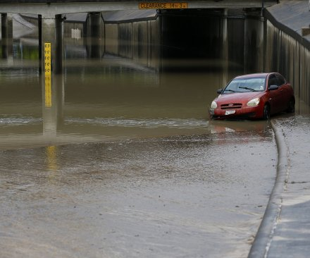 Texas flooding: Obama signs disaster declaration, more rain expected