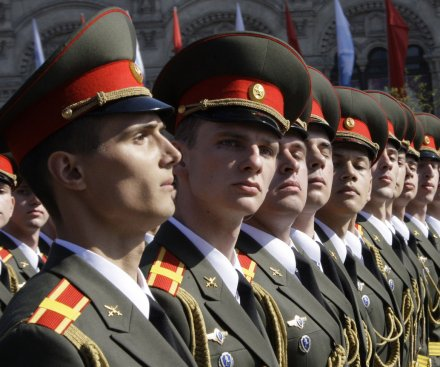 Russian troop surge in Crimea 'priority task,' says defense minister
