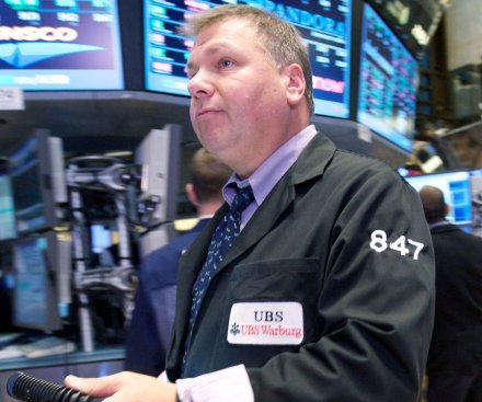Stock market has biggest weekly gains in nearly two years