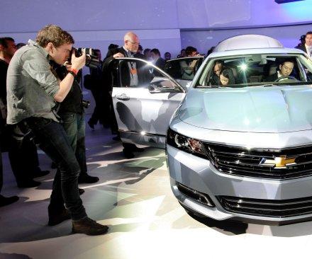 GM recalls 221,000 Cadillacs and Impalas