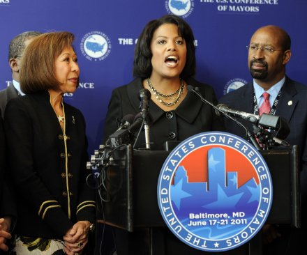 Baltimore Mayor Rawlings-Blake lifts city curfew