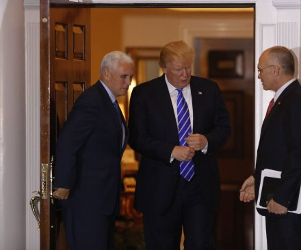 Trump to name fast-food executive Andy Puzder to run Department of Labor