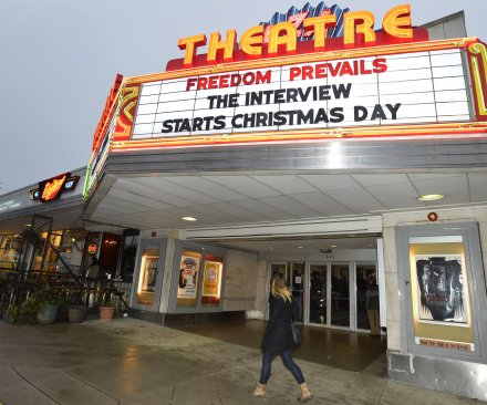 Sony to stream 'The Interview' ahead of limited Christmas Day release