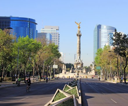 Mexico City protests mostly peaceful, isolated breakouts of violence reported