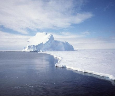Study: Melting of Antarctica's ice shelves to intensify