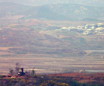 N. Korea missile launch fails; S. Korea, Japan breath a sigh of relief