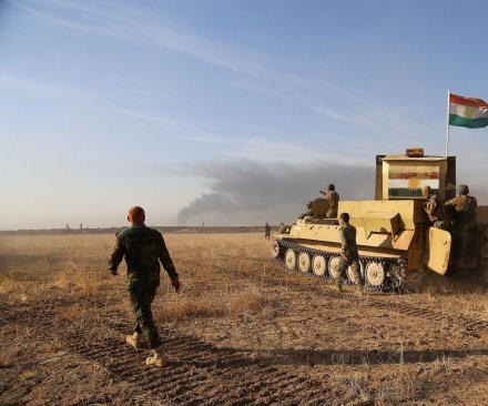 Iraqis, Kurds seize more villages near Mosul