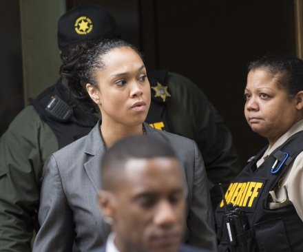 Remaining police charges dropped in Freddie Gray death; prosecutor denies she's 'anti-police'