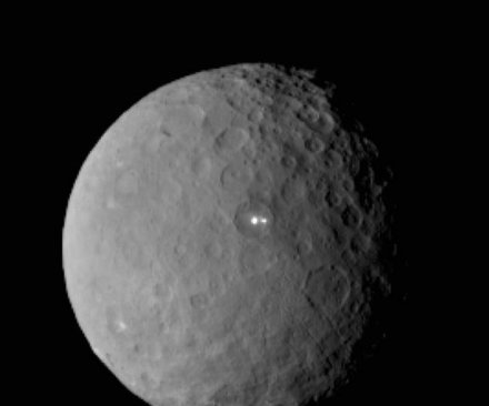 Dawn probe to begin hunt for Ceres' water