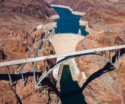 Largest U.S. water reservoir at record low due to drought