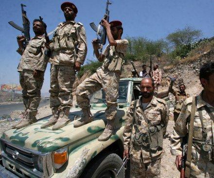 American journalist held prisoner in Yemen freed, flown to Oman