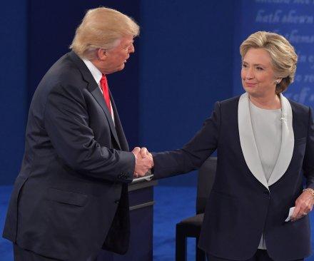 UPI/CVoter poll: Hillary Clinton's lead over Donald Trump narrows to 3.07 points