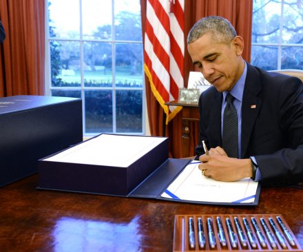 Obama signs bill outlawing beads