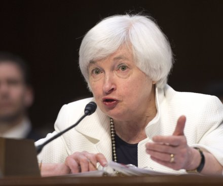 Yellen hints at Federal Reserve interest rate hike