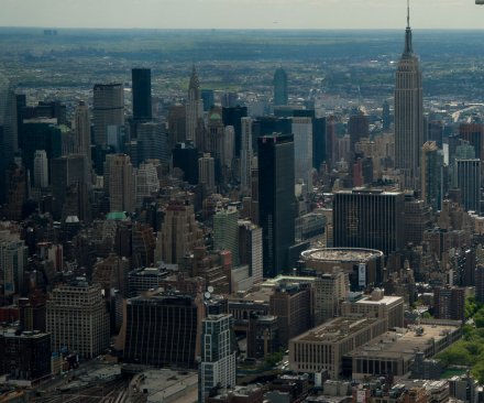 Manhattan's rich get richer, poor get poorer, at widest gap in the U.S.