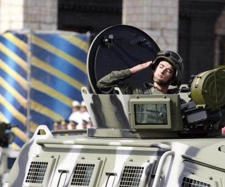Ukraine rebels pull back after weekend negotiations