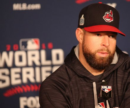 Corey Kluber, Cleveland Indians blank Chicago Cubs in World Series opener
