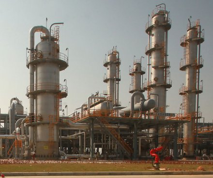 Iran wants to develop mini-LNG plants